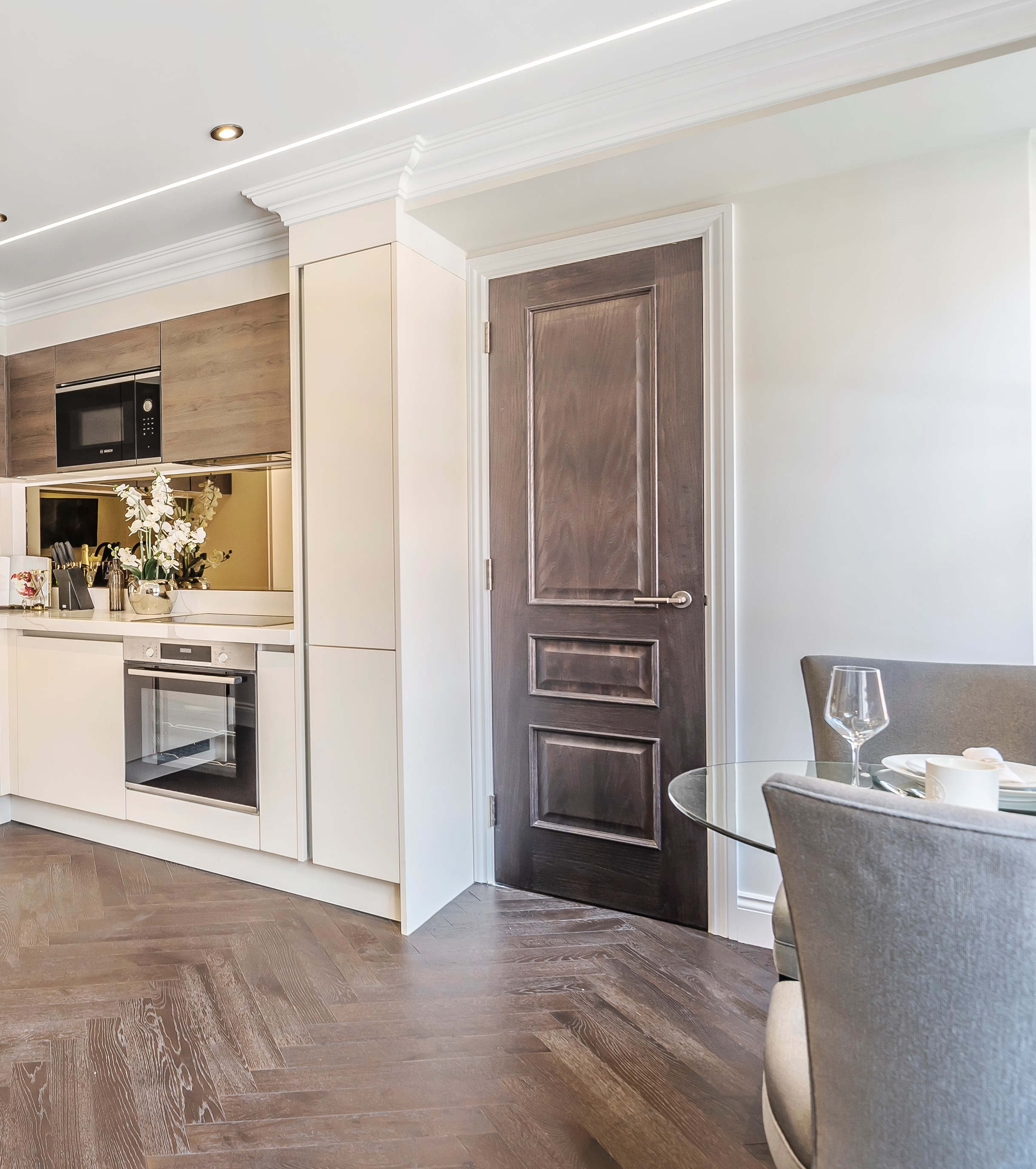 Door Sets In Luxury Flats